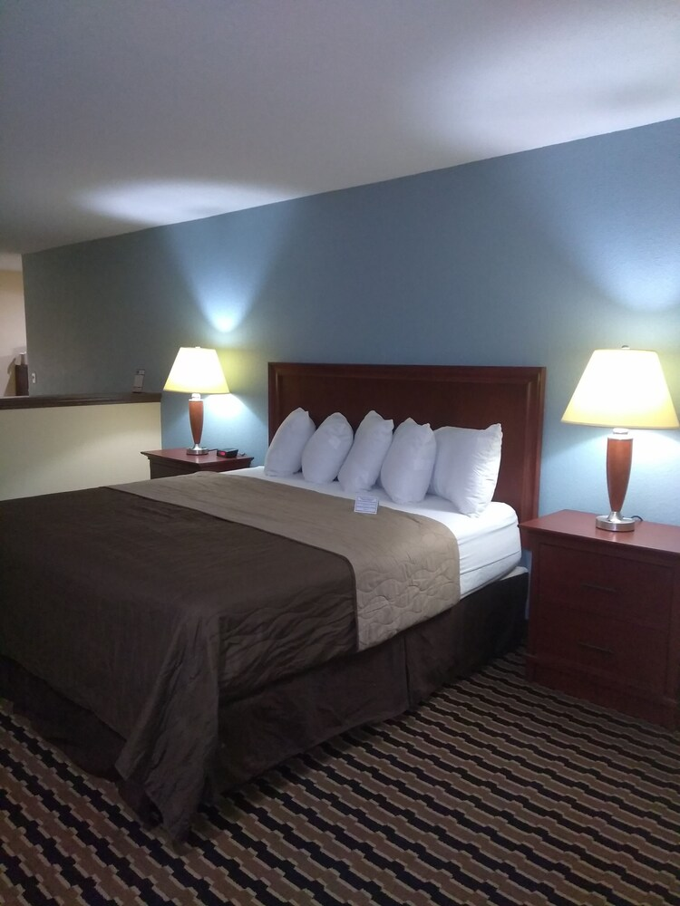 Gallery image of Expo Inn Hotel