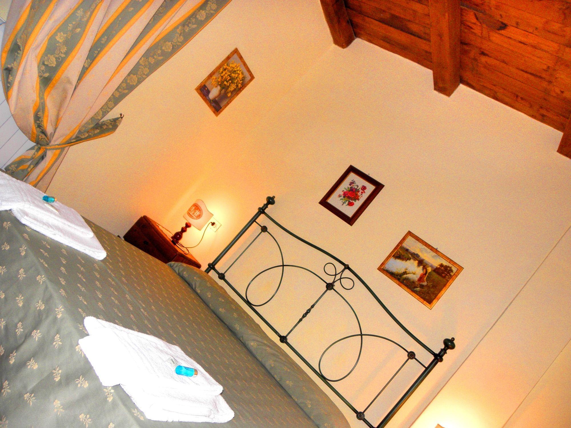Tenuta Contessa Relais Country House book antica residenza montereano with tajawal, book now at