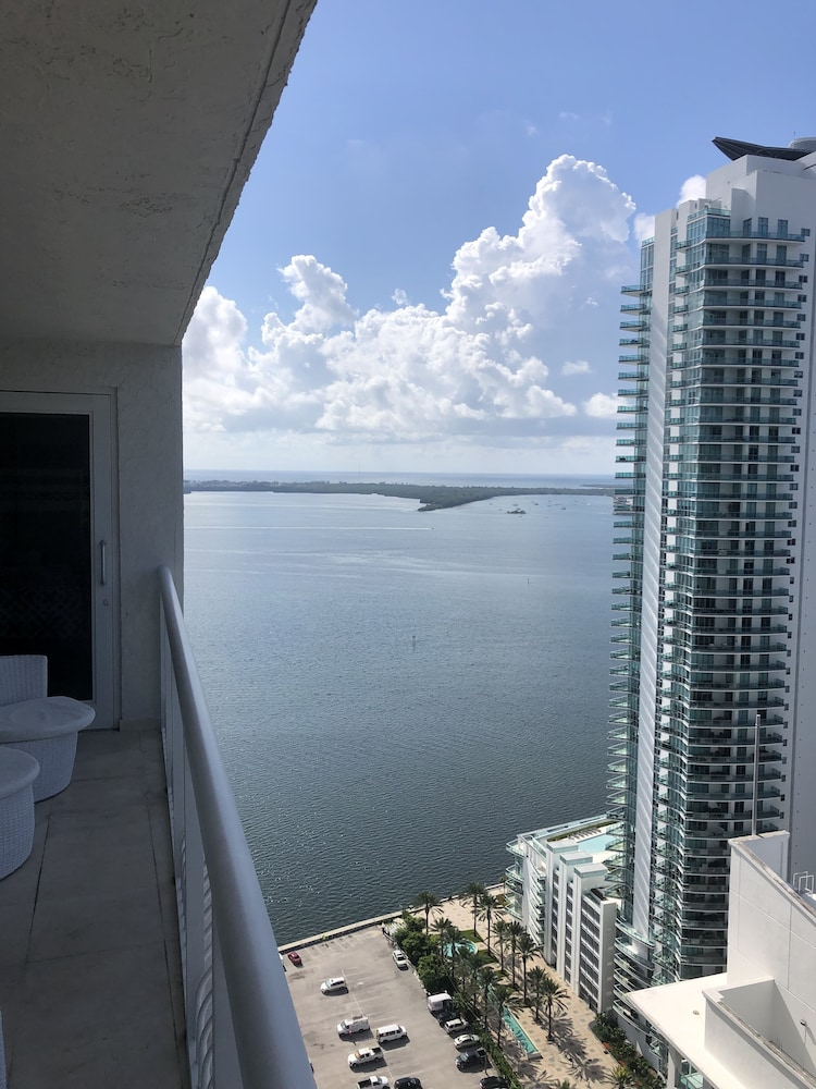 Heart of BRICKELL condo amazing views