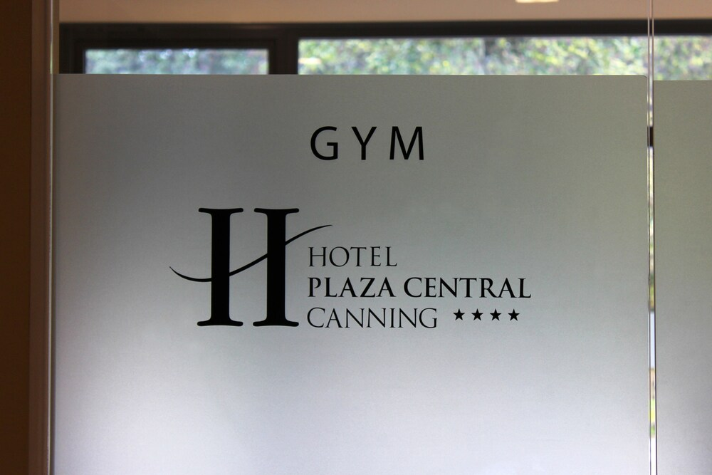 Gallery image of Hotel Plaza Central Canning