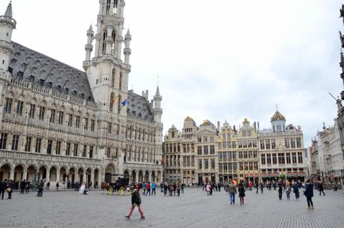 Gallery image of Madeleine Budget Rooms Grand Place