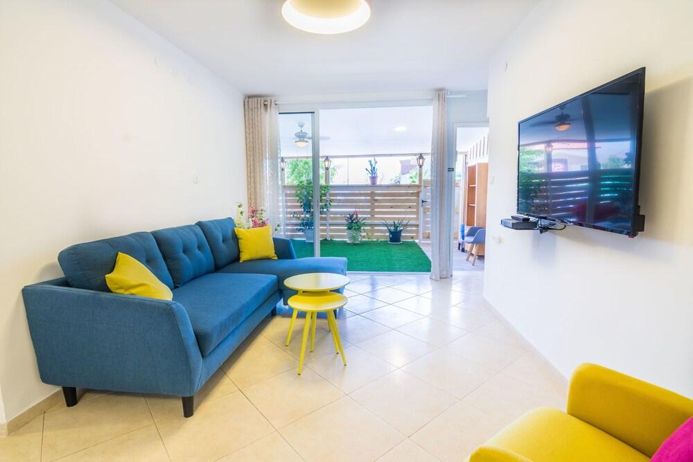 Marianne Garden Apartment