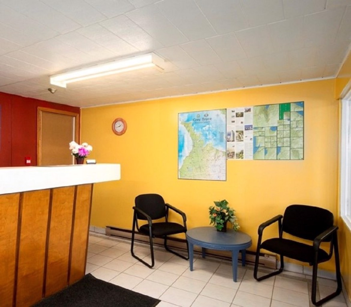 Gallery image of Save Inn Kincardine