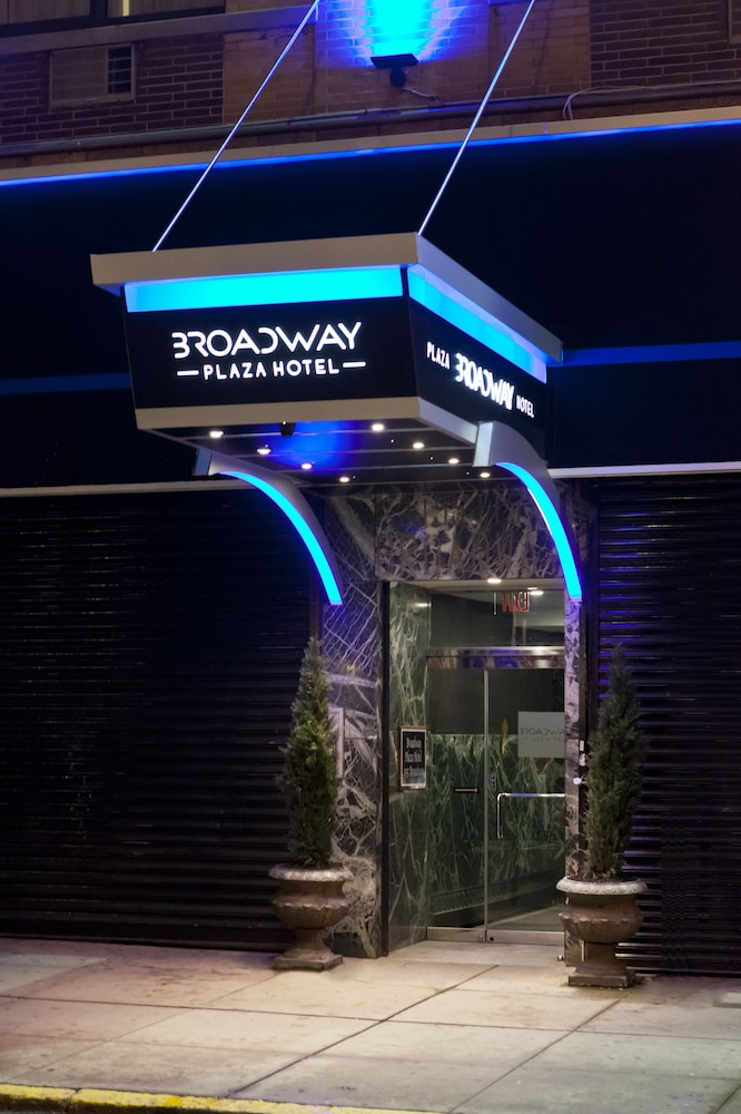 Gallery image of Broadway Plaza Hotel
