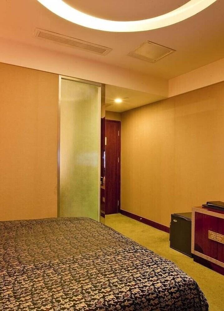Gallery image of Tieliu Business Hotel