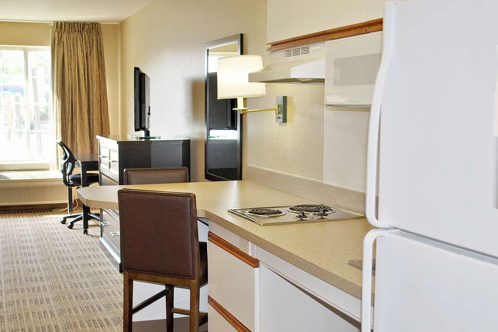Gallery image of Extended Stay America Orlando Southpark Equity Row