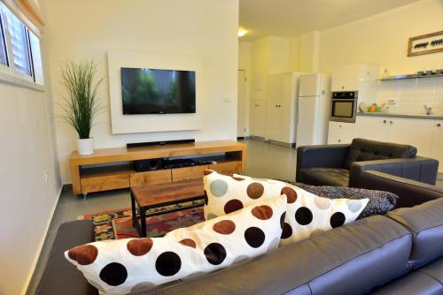 Ziv Apartments Hayarkon 196