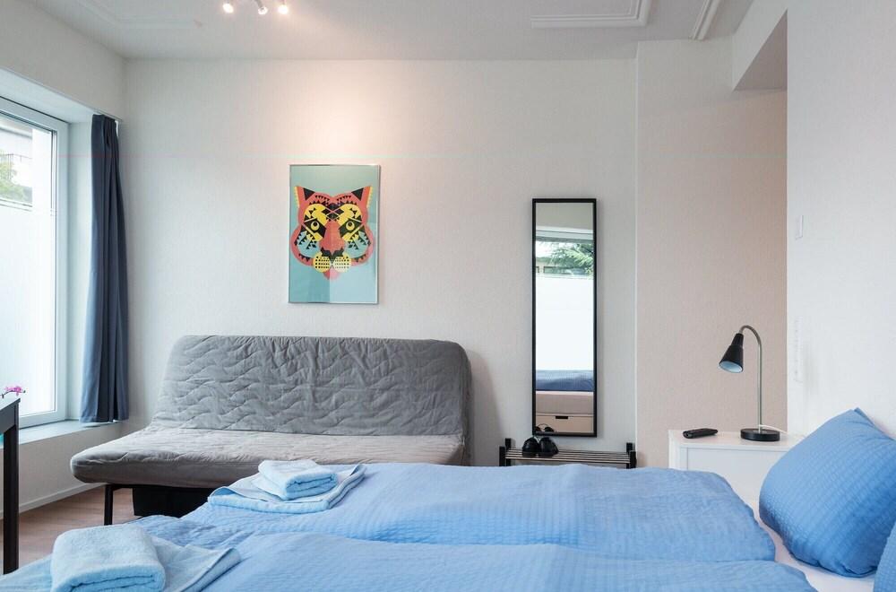 ZH Tiger Altstetten Hitrental Apartment