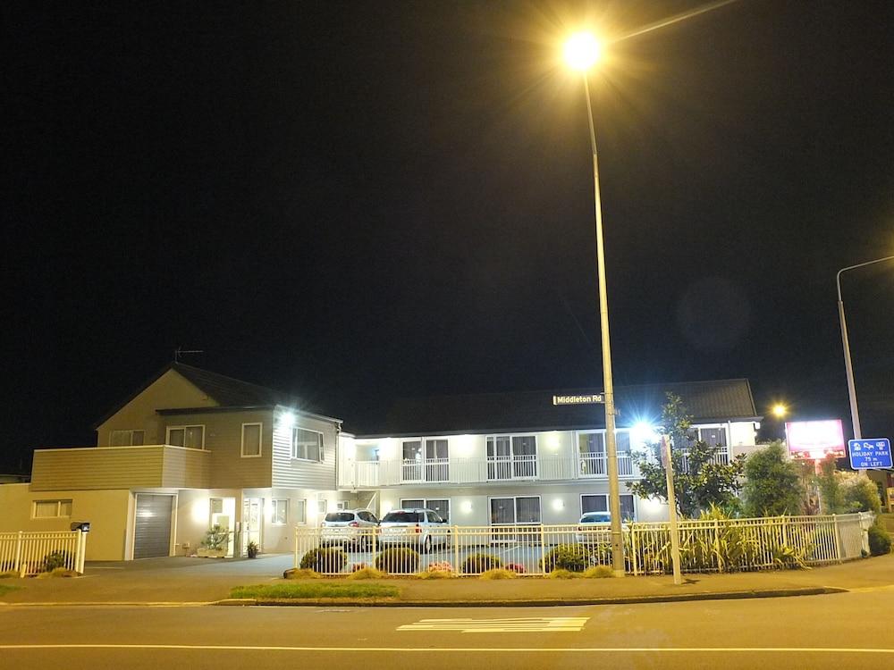 101 Stars Motel