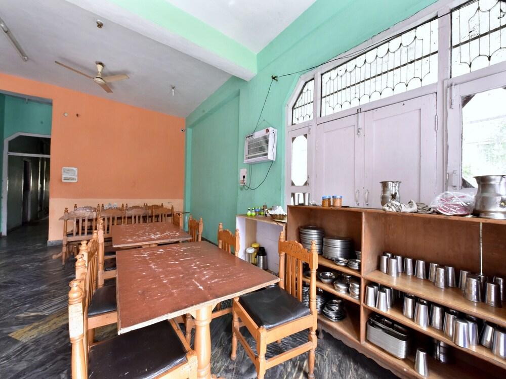 Gallery image of OYO 12846 Hotel Sunita