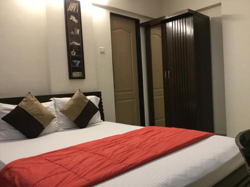 Arista Service Apartments Khernagar