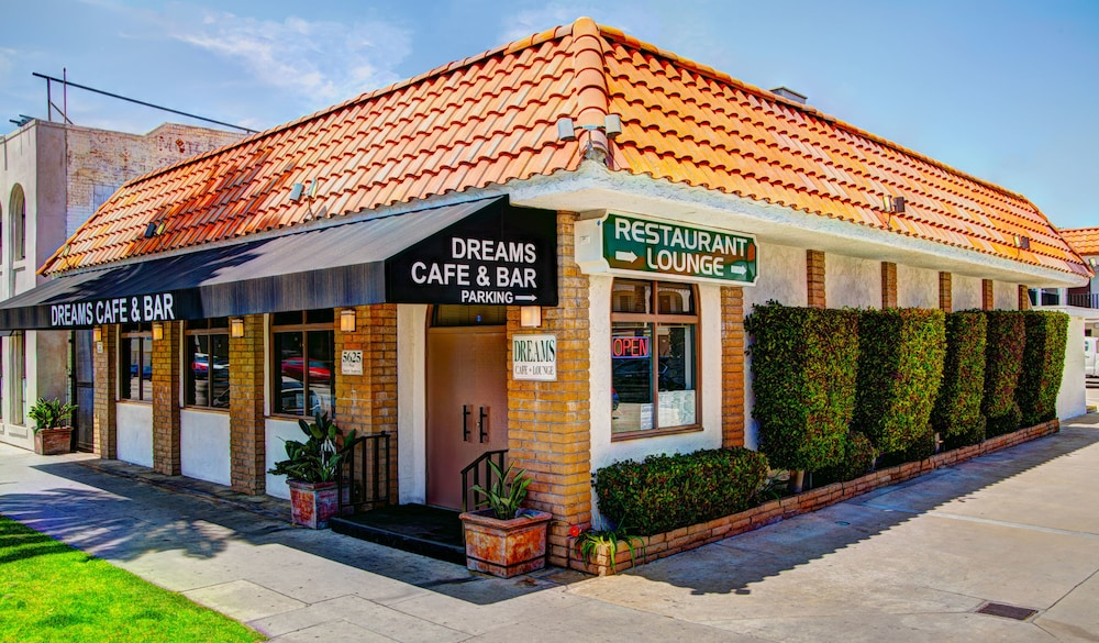 Gallery image of Dunes Inn Sunset