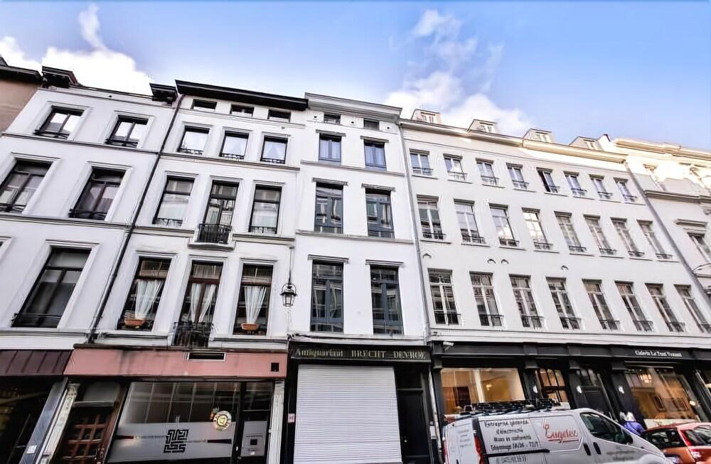Grand Place Sablon Apartments
