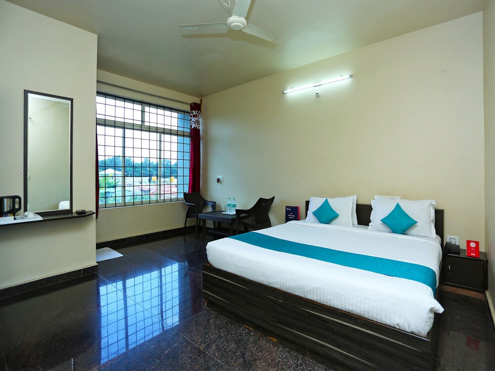 Gallery image of OYO 9262 Recluse Premiere Hotel
