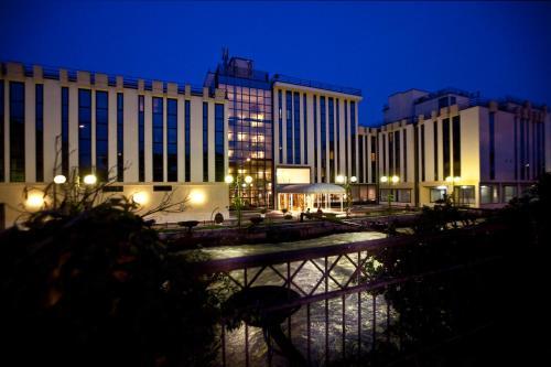 Hotel Leon Doro