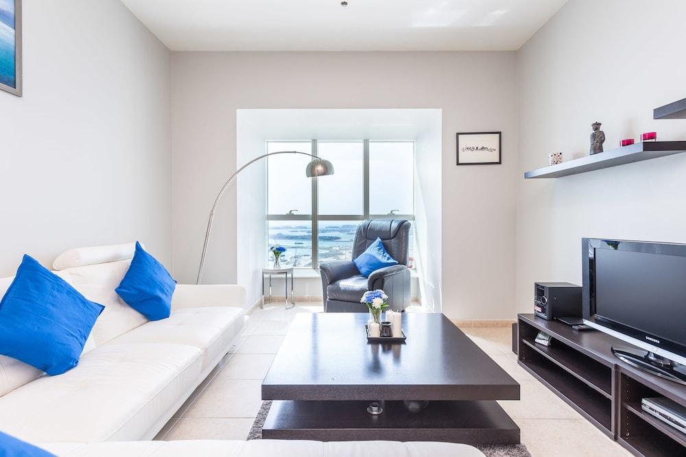 VLuxe Holiday Homes Elite Residence