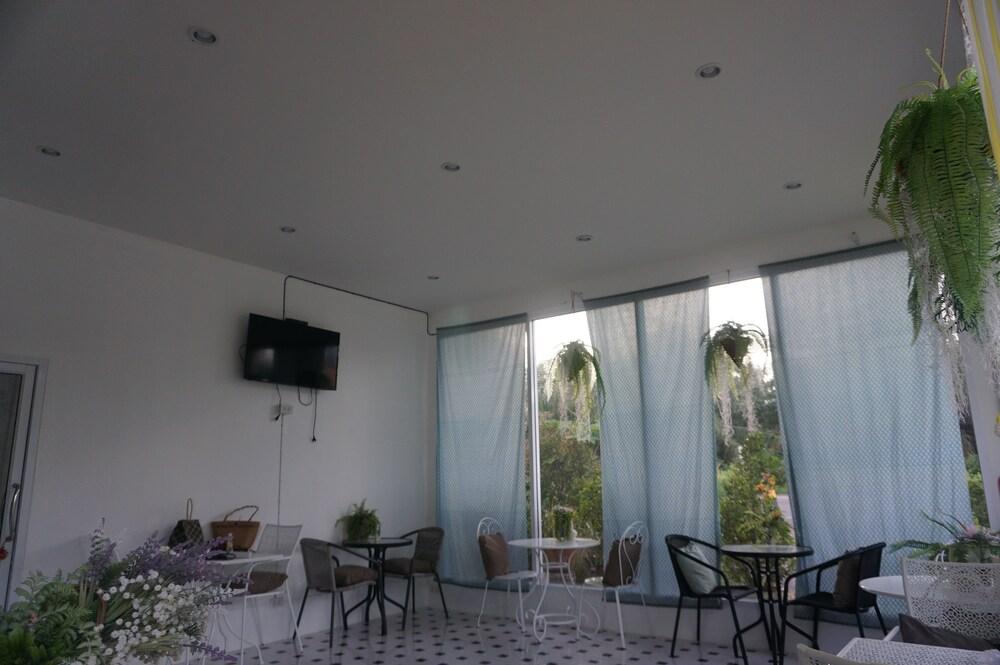 Gallery image of Navara Resort