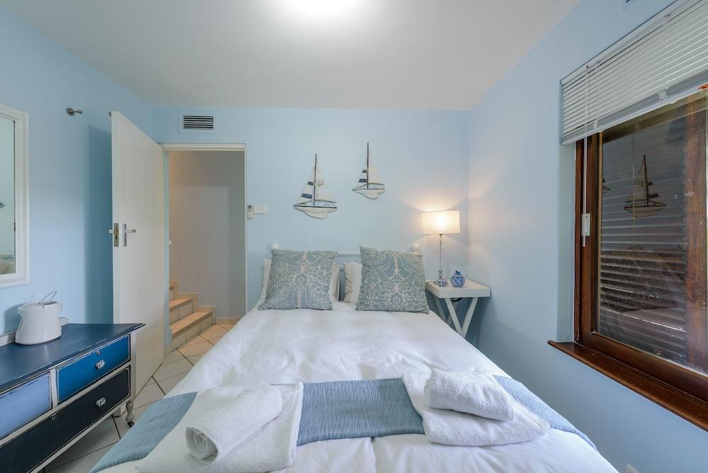 San Lameer Villa Rentals 2845