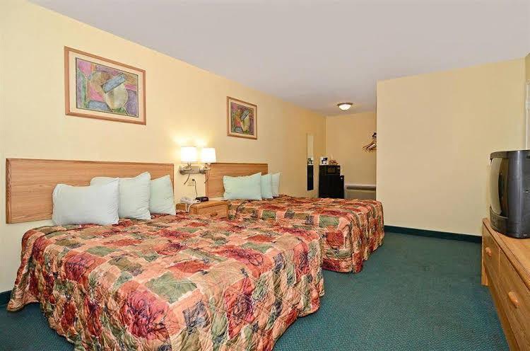 Gallery image of Americas Best Value Inn Alexandria