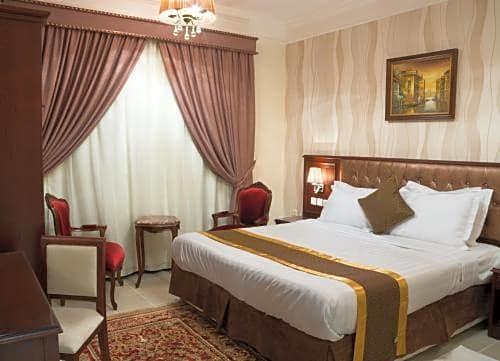 Safari Hotel Suites