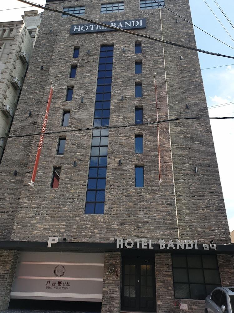 Hotel Bandi