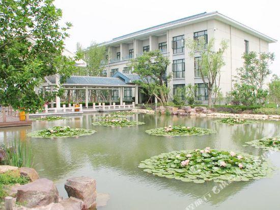Taihu Jingyuan Hotel