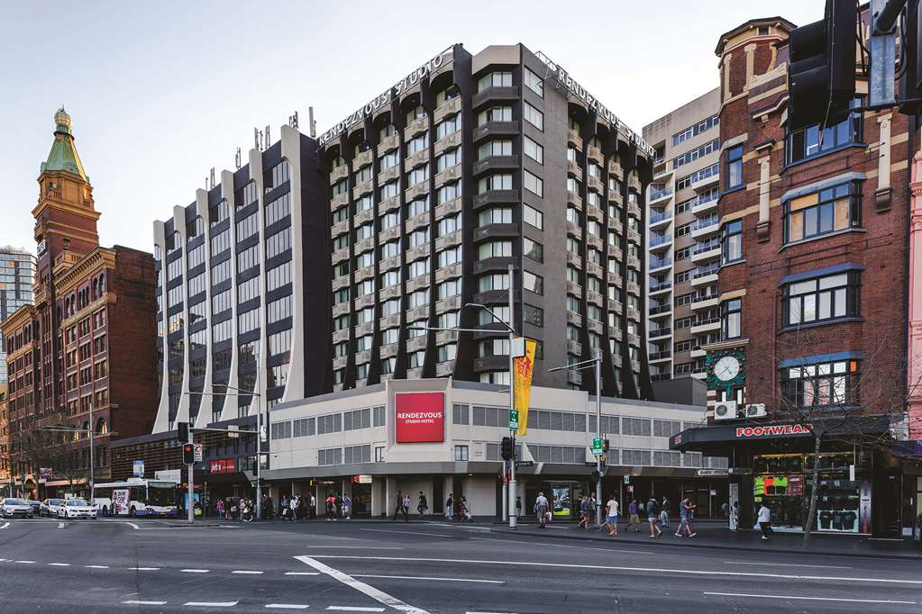 Naumi Studio Hotel Sydney formerly known as Rendezvous Sydney Central
