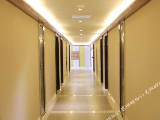 Fansi Funi Business Hotel Chengdu Liangjiang International