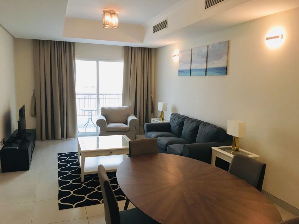 Luxury Apartment Al Khuwair
