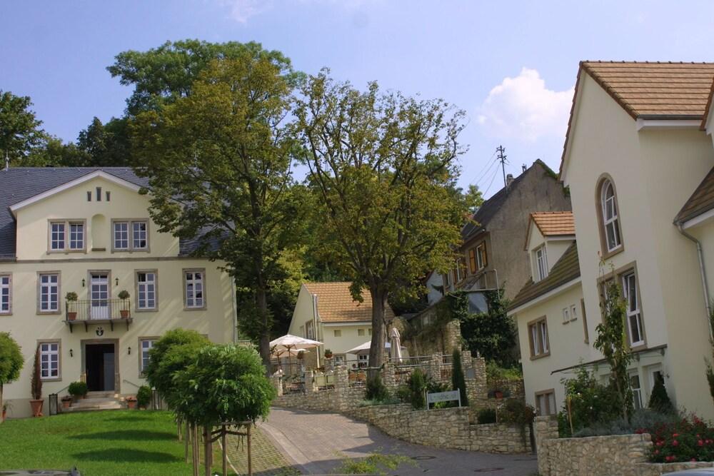 Landhotel Schloss Sörgenloch
