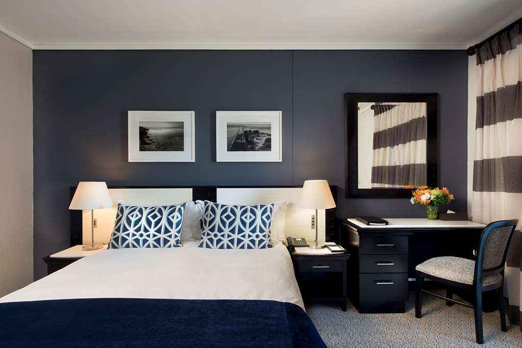 V & A Waterfront Accommodation From R1650 - Book Today