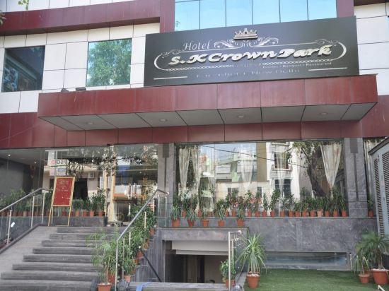 Hotel S K Crown Park