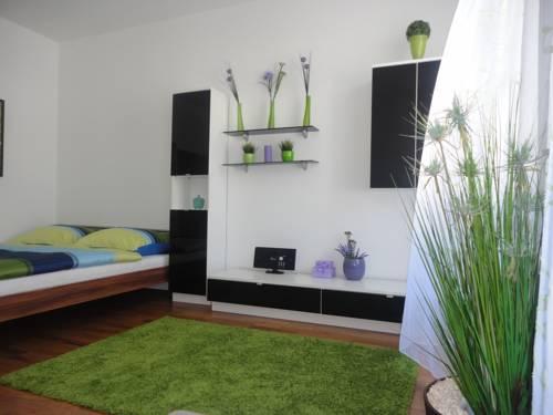 Flatprovider Comfort Gauss Apartment (فلاتپروویدر کامفورت گاوس آپارتمان)