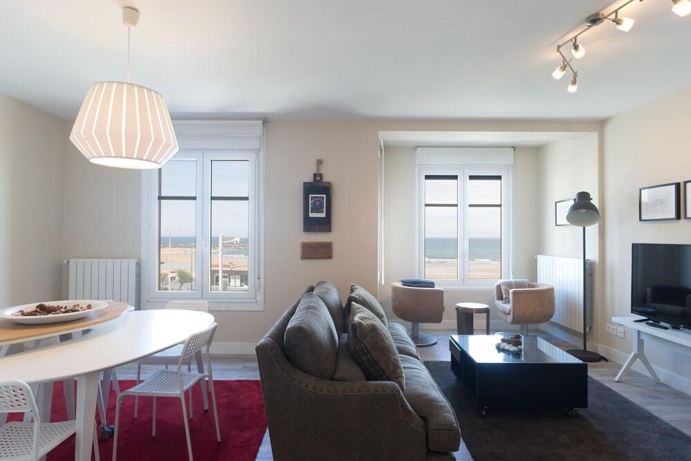 San Diego Iberorent Apartments