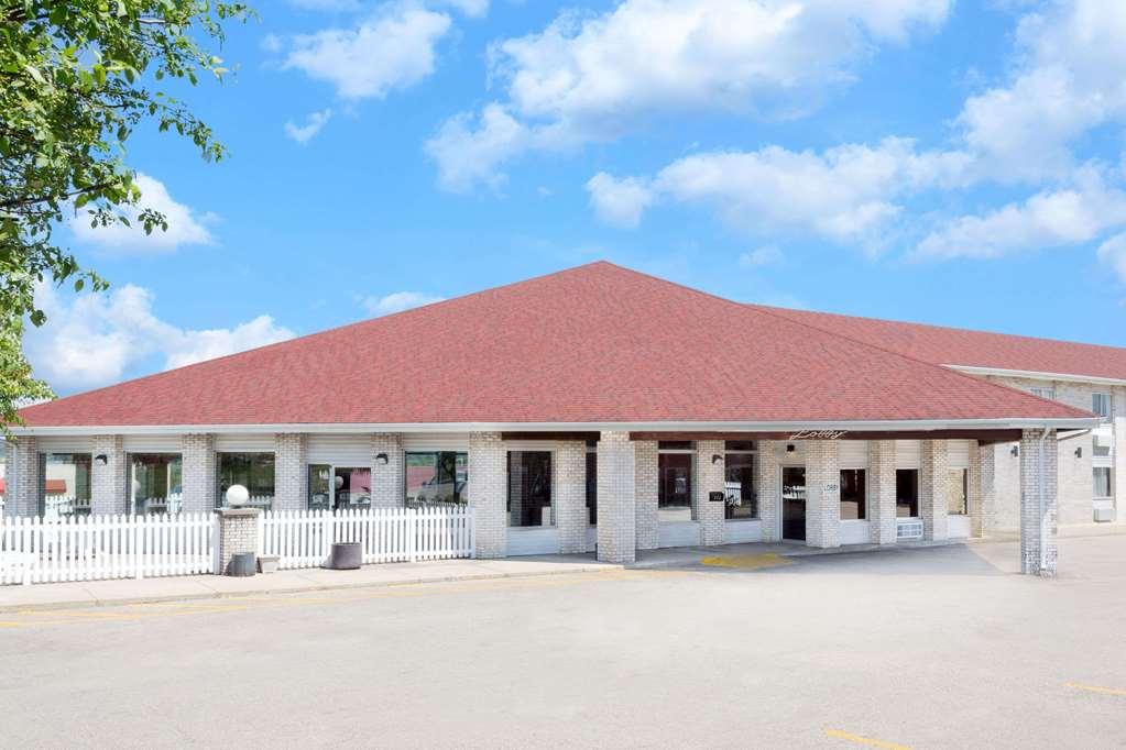 Gallery image of Days Inn by Wyndham Jackson