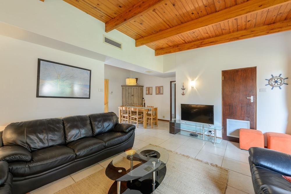San Lameer Villa Rentals 2842