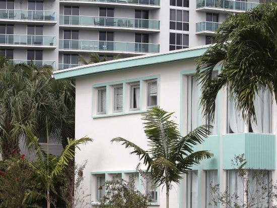 Delfino Suites South Beach