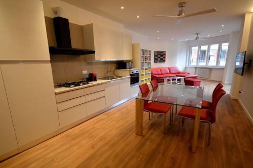 Valverde Apartments