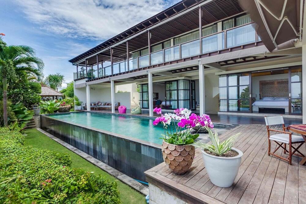 Villa Cara by Island Escape Villas