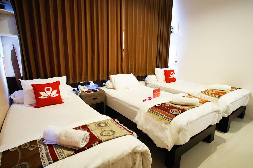 Gallery image of ZEN Rooms Basic Audah Syariah Sutos