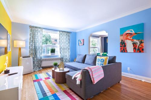 Vibrant Apartment in Forest Hill