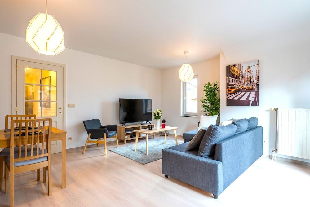 Duplex 3 bedrooms Laeken Brussels Expo