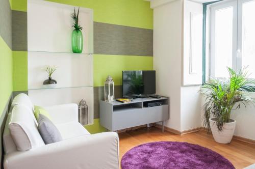 Contemporary Lisbon Apartment In Historical Chiado