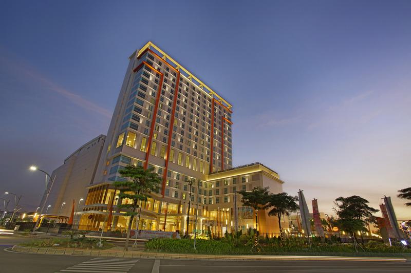 HARRIS Hotel and Conventions Bekasi