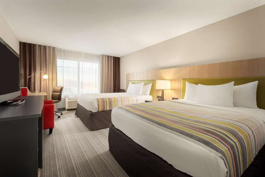 Gallery image of Country Inn & Suites by Radisson Madison West WI