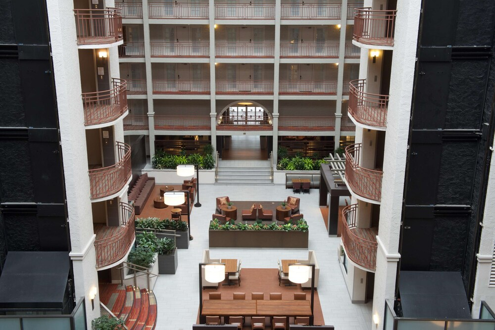 Gallery image of Embassy Suites by Hilton Denver Tech Center North