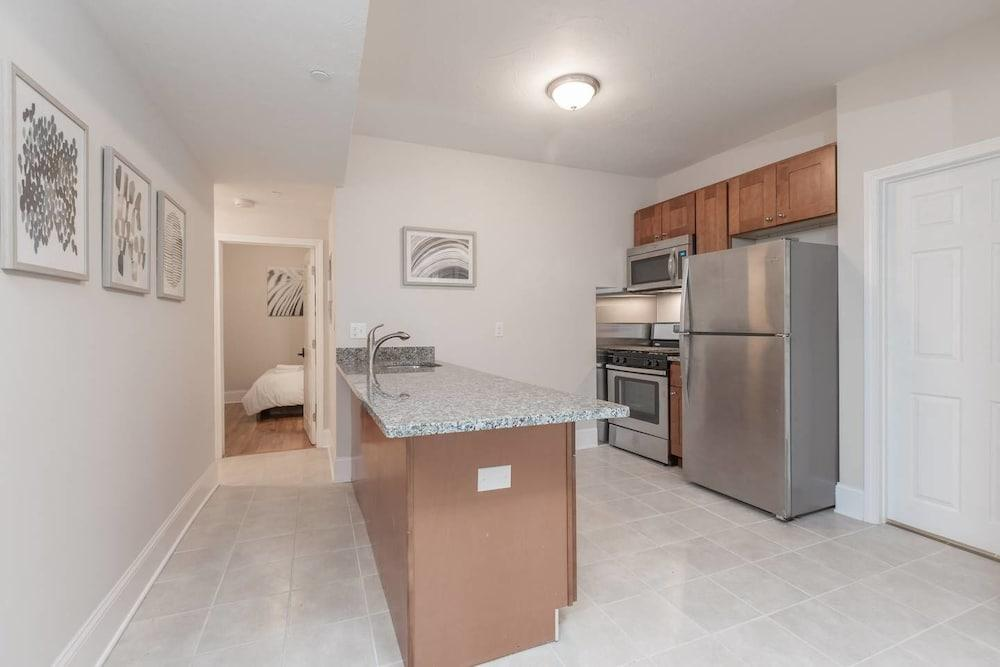 Amazing 3br 2ba Apt in North End by Domio