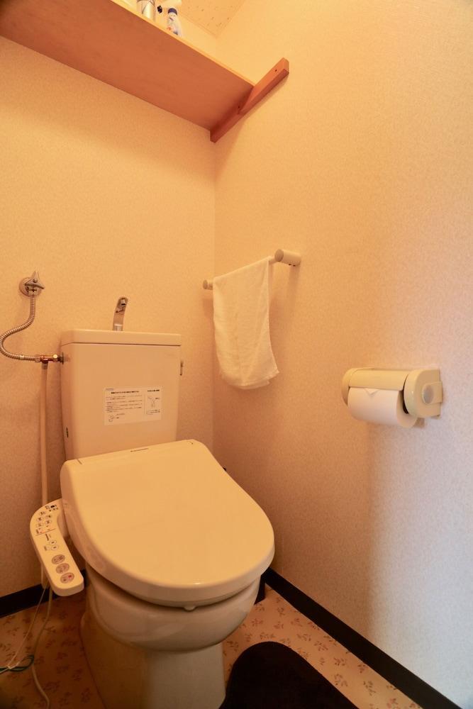 Sepia yamanote room401