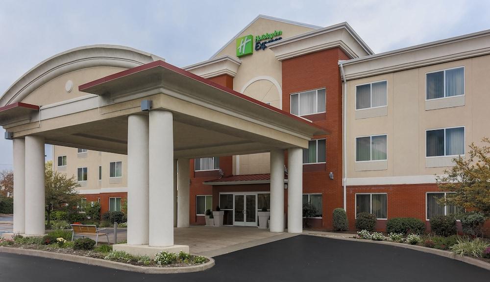 Holiday Inn Express Rochester NE Irondequoit