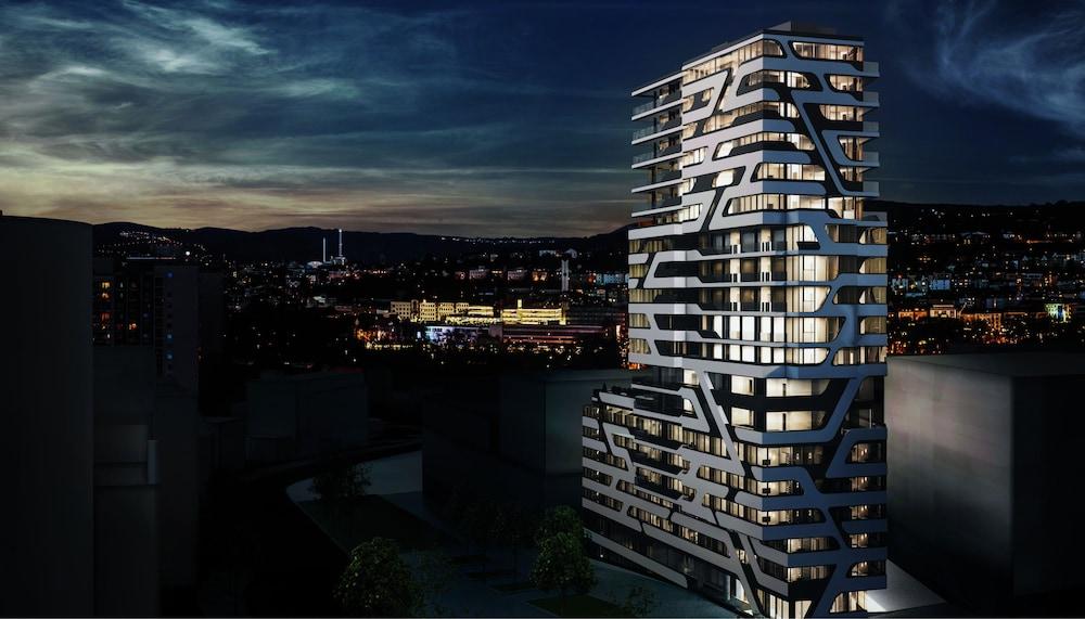 Cloud No7 Apartments